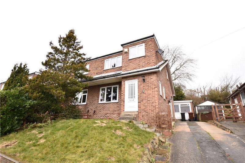 3 Bedrooms Semi Detached House for rent in Newlay Wood Crescent, Horsforth, Leeds, West Yorkshire