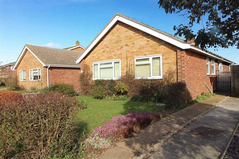 3 Bedrooms Detached Bungalow for sale in Orwell View Road, Shotley