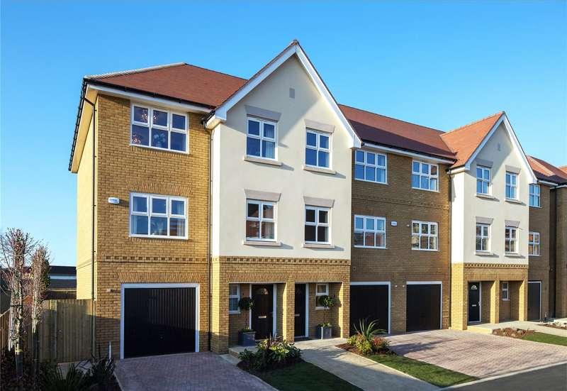 4 Bedrooms Semi Detached House for sale in Jubilee Meadows, Felcott Road, Hersham, Surrey, KT12