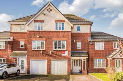4 Bedrooms Terraced House for sale in Freshwater Drive, Ashton Under Lyne, Greater Manchester