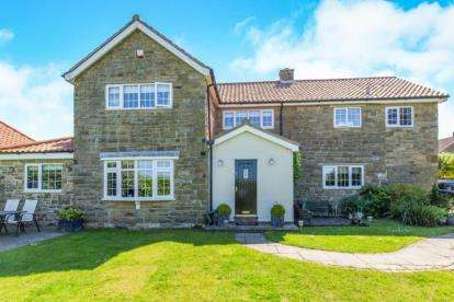 4 Bedrooms Detached House for sale in Spring Hill, Welbury, Northallerton, North Yorkshire