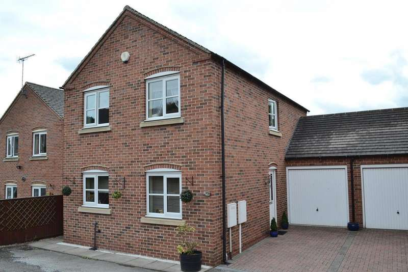 3 Bedrooms Property for sale in Common Road, Church Gresley, Swadlincote