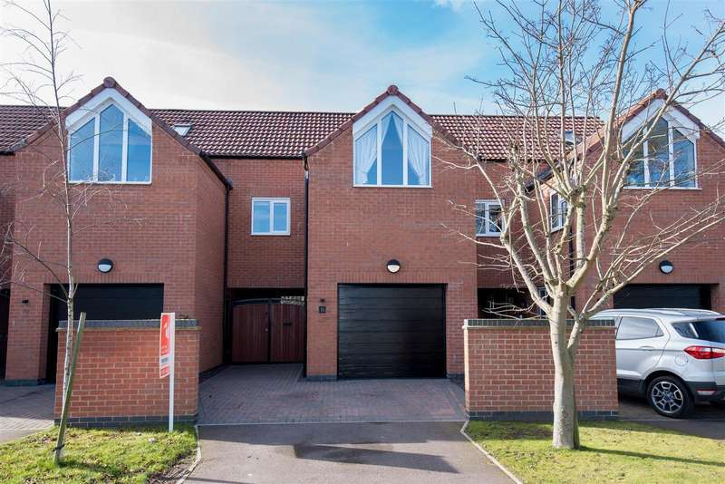 3 Bedrooms Terraced House for sale in Standish Grove, Boston