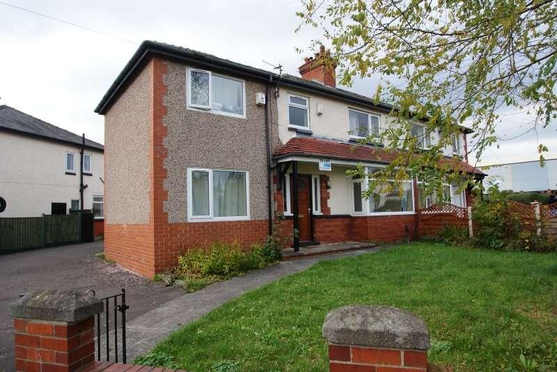 5 Bedrooms Property for rent in Newport Crescent, Headingley, Leeds