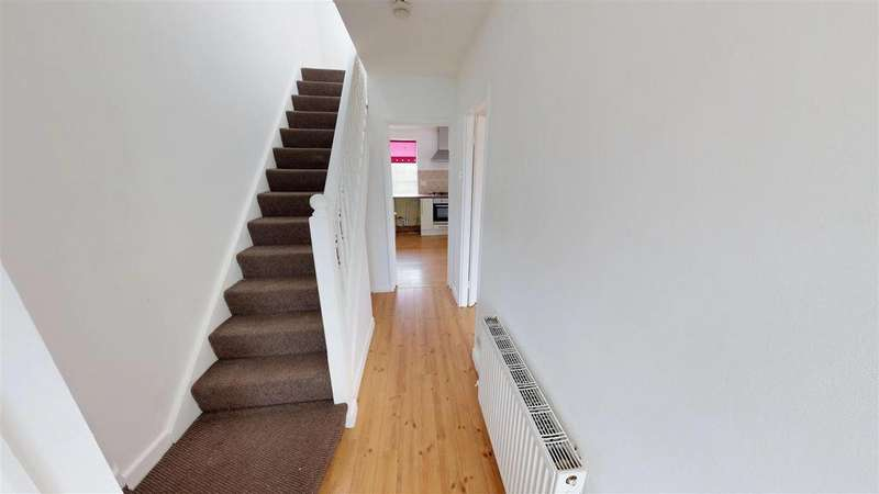3 Bedrooms Semi Detached House for sale in Bowes Lea, Houghton Le Spring