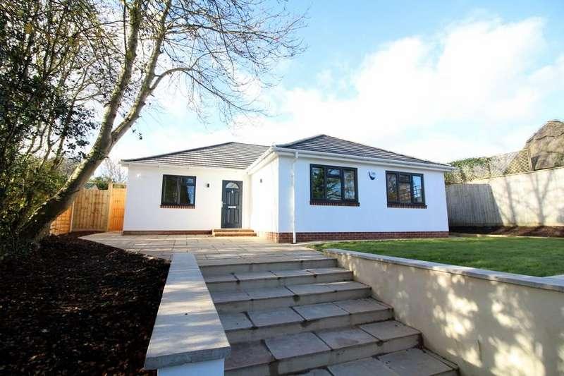 4 Bedrooms Detached Bungalow for sale in Burbidge Close, Lytchett Matravers