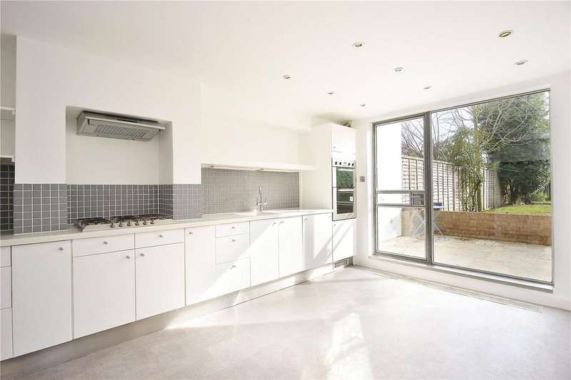 3 Bedrooms Terraced House for sale in Avondale Rise, Peckham Rye, London, SE15
