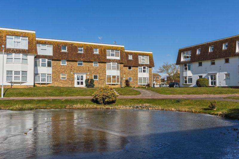 1 Bedroom Apartment Flat for rent in Westlake Gardens, Worthing