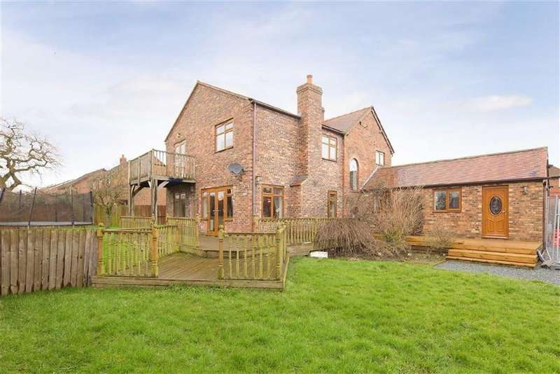 4 Bedrooms Detached House for sale in Tilstock Lane, Nr Whitchurch, SY13