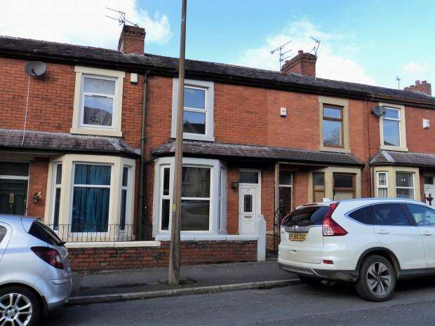 3 Bedrooms Terraced House for sale in Brownhill Road Blackburn