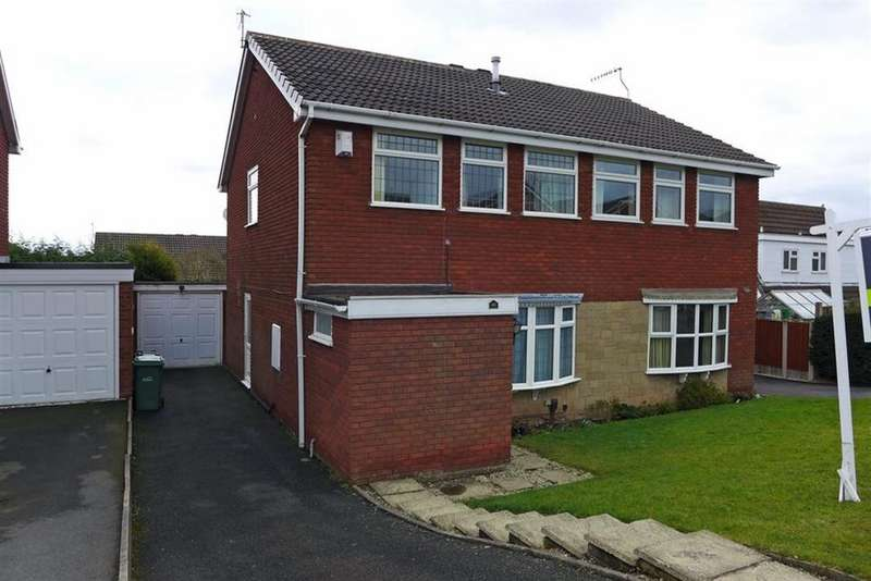 3 Bedrooms Semi Detached House for rent in Charterfield Drive, Kingswinford