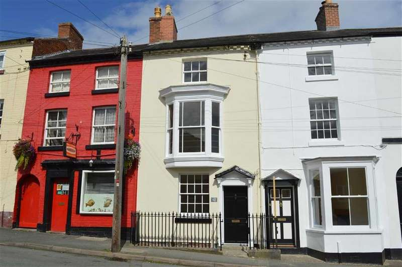 3 Bedrooms Terraced House for rent in 42, Crescent Street, Newtown, Powys, SY16