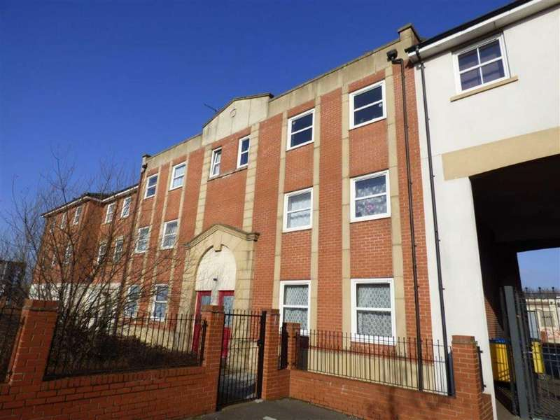 2 Bedrooms Flat for sale in Francis Court, Hull, East Yorkshire, HU2