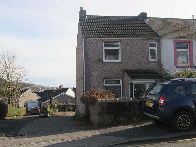 3 Bedrooms End Of Terrace House for sale in Penfilia Road, Brynhyfryd, Swansea, City And County of Swansea.