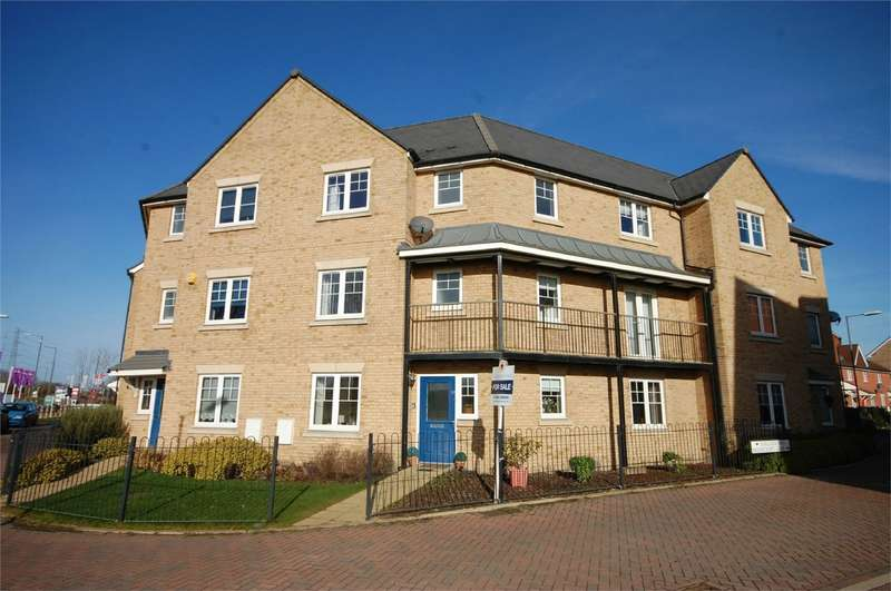 5 Bedrooms Town House for sale in Barland Way, Aylesbury, Buckinghamshire