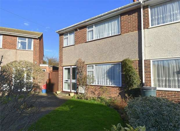 3 Bedrooms Semi Detached House for sale in Hubert Way, Broadstairs, Kent