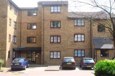 1 Bedroom Flat for rent in Bridge Road, Grays