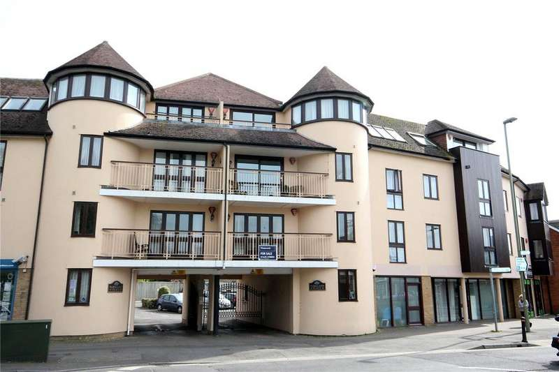 2 Bedrooms Flat for sale in Parkland Place, 39-41 Old Milton Road, New Milton, Hampshire, BH25