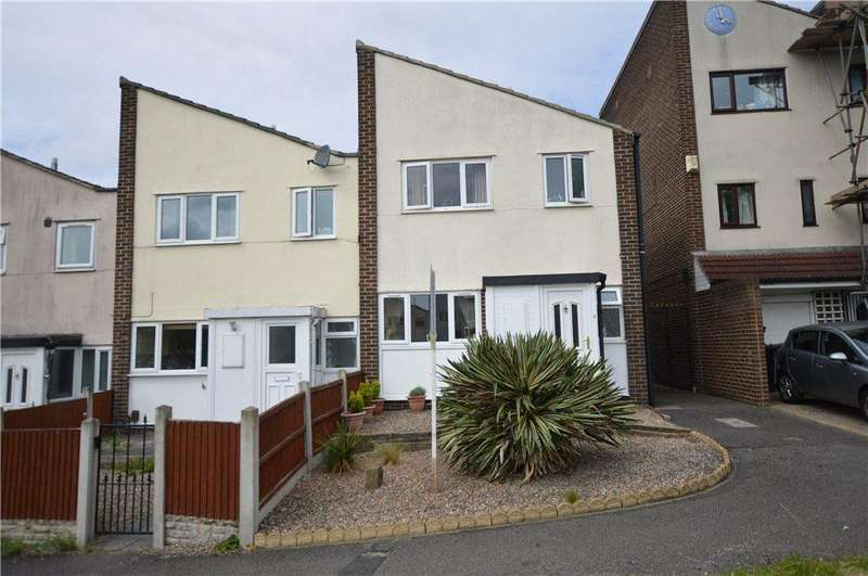 2 Bedrooms Terraced House for sale in Field End, Leeds