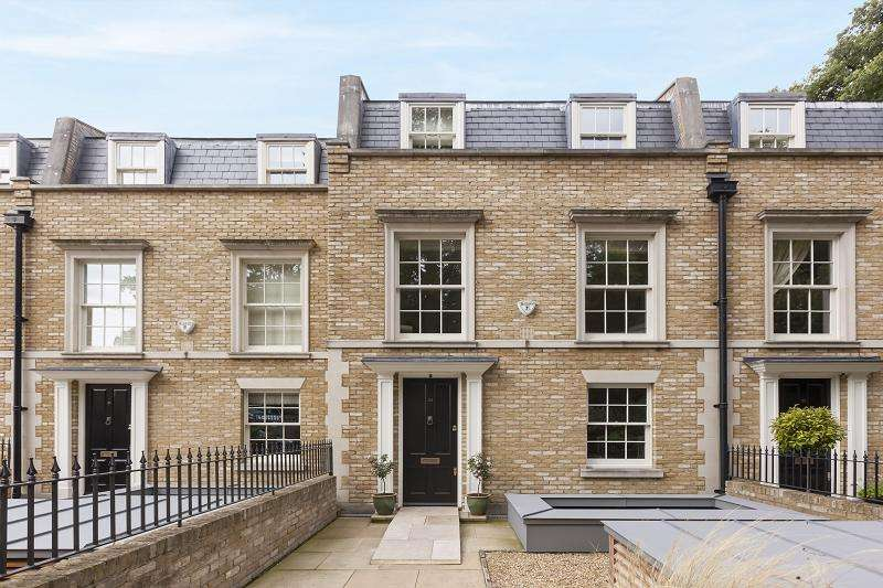 5 Bedrooms Terraced House for sale in Woodclyffe Drive, Chislehurst, London.