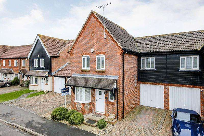 4 Bedrooms Semi Detached House for sale in Rustington