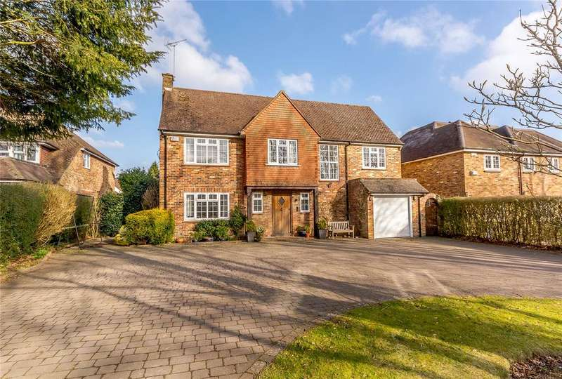 5 Bedrooms Detached House for sale in Lewins Road, Chalfont St Peter, Gerrards Cross, Buckinghamshire