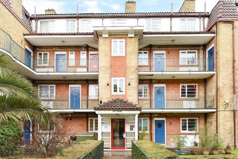 3 Bedrooms Flat for sale in Acorn Walk, Surrey Quays