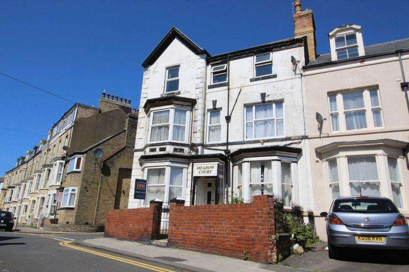 9 Bedrooms House for sale in Queens Terrace, Scarborough