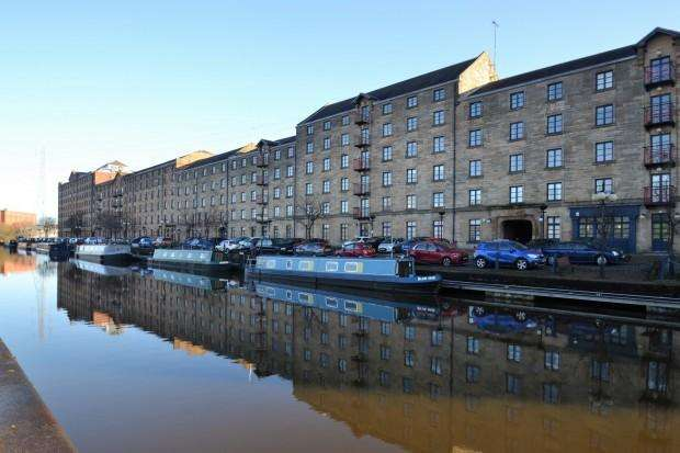 2 Bedrooms Flat for sale in Speirs Wharf, Port Dundas, G4