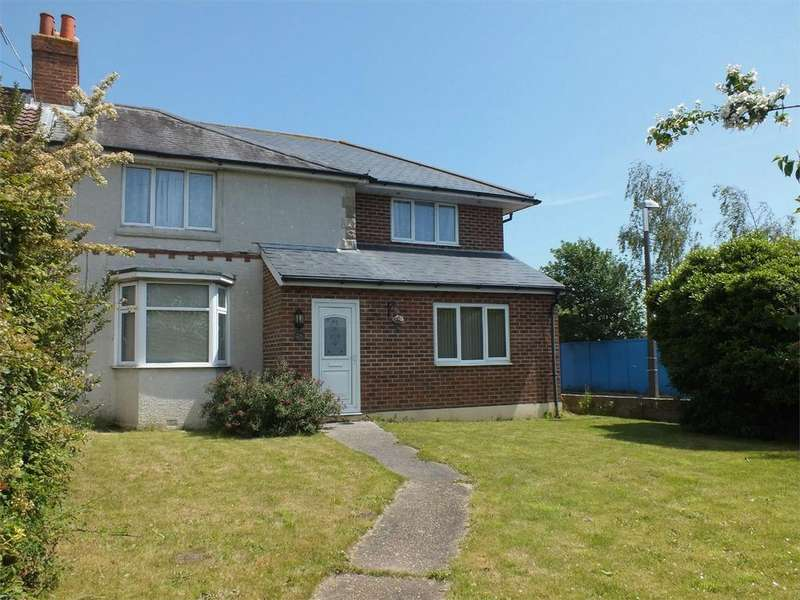 4 Bedrooms Semi Detached House for rent in Blandford Road, Poole, Dorset