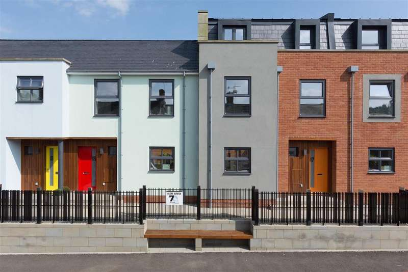 3 Bedrooms Town House for sale in Severn Quay, Chepstow