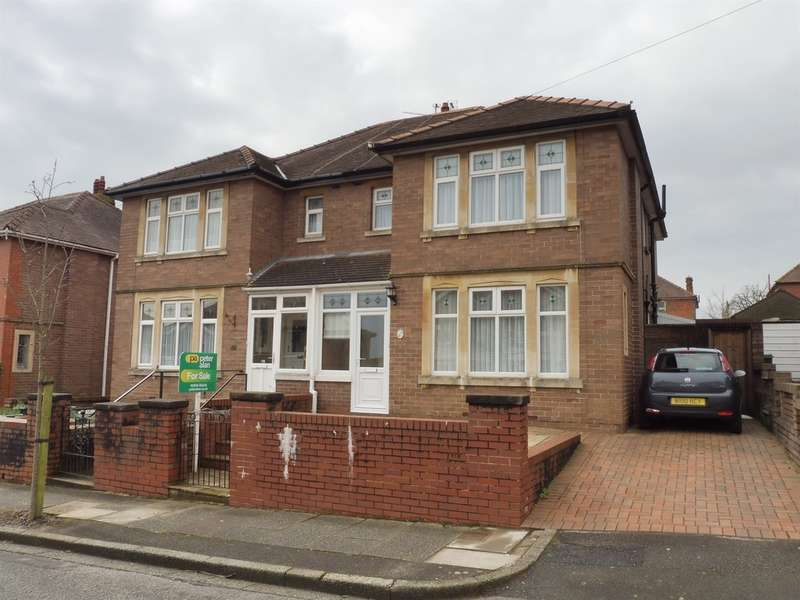 3 Bedrooms Semi Detached House for sale in Earls Court Road, Penylan, Cardiff