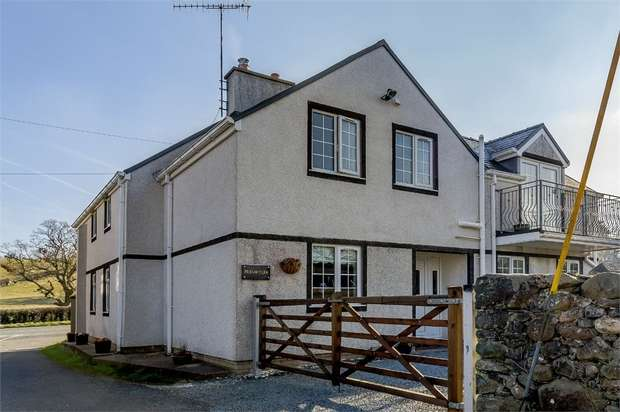 5 Bedrooms Detached House for sale in Tyn-Y-Groes, Tyn-Y-Groes, Conwy