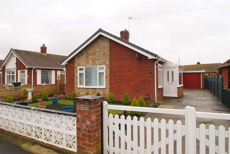 2 Bedrooms Bungalow for sale in Church Road South, Skegness
