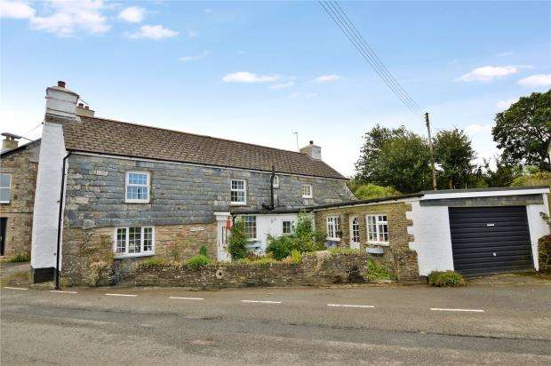 3 Bedrooms Detached House for sale in Five Lanes, Launceston, Cornwall