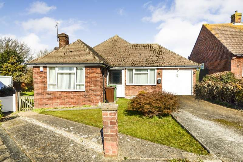 2 Bedrooms Detached Bungalow for sale in Hunting Close, Bexhill-On-Sea, TN40