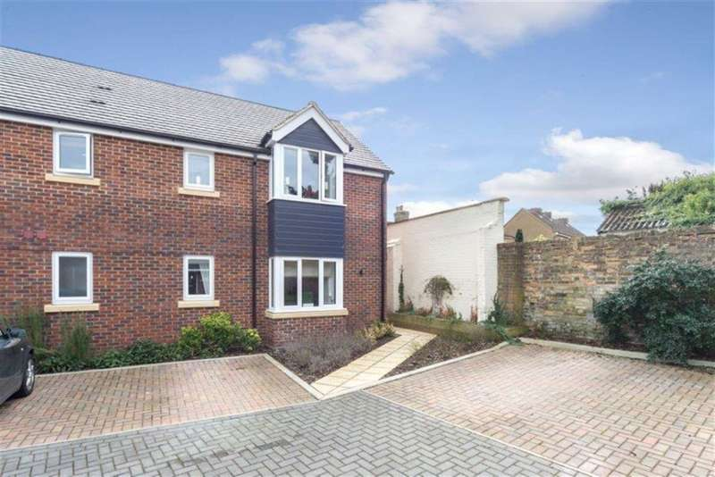 2 Bedrooms Flat for sale in The Sidings, Toddington
