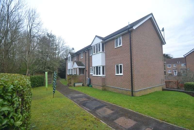 2 Bedrooms Flat for rent in Fordinbridge, Hampshire SP6