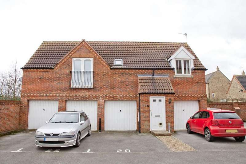 2 Bedrooms Property for sale in Squirrel Chase, Witham St. Hughs, Lin...