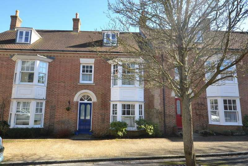 3 Bedrooms Property for sale in Moraston Street, Poundbury, Dorchester