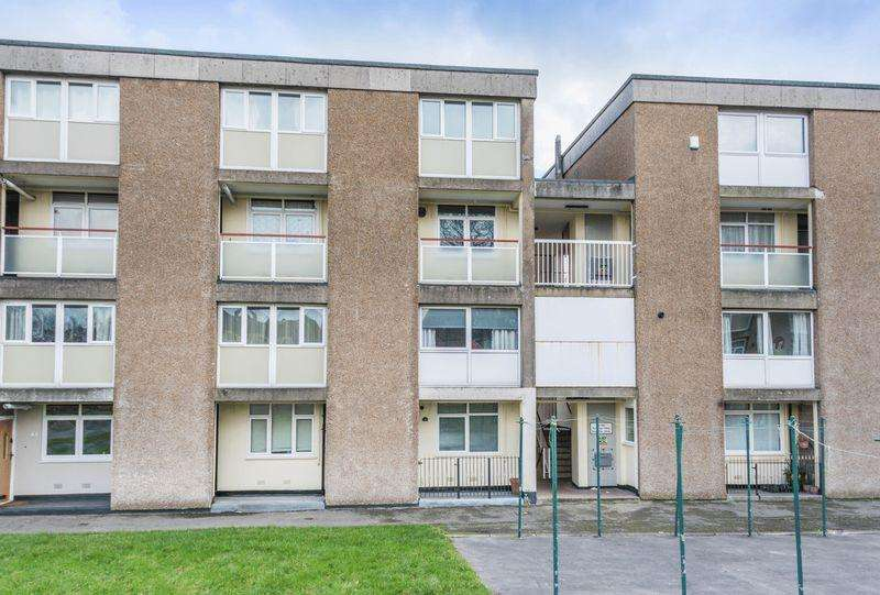 2 Bedrooms Apartment Flat for sale in Roscoe Drive, Stannington, S6 5PJ - Ideal For The First Time Buyer