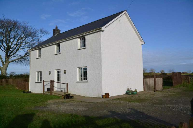 4 Bedrooms Detached House for sale in Eglwyswrw