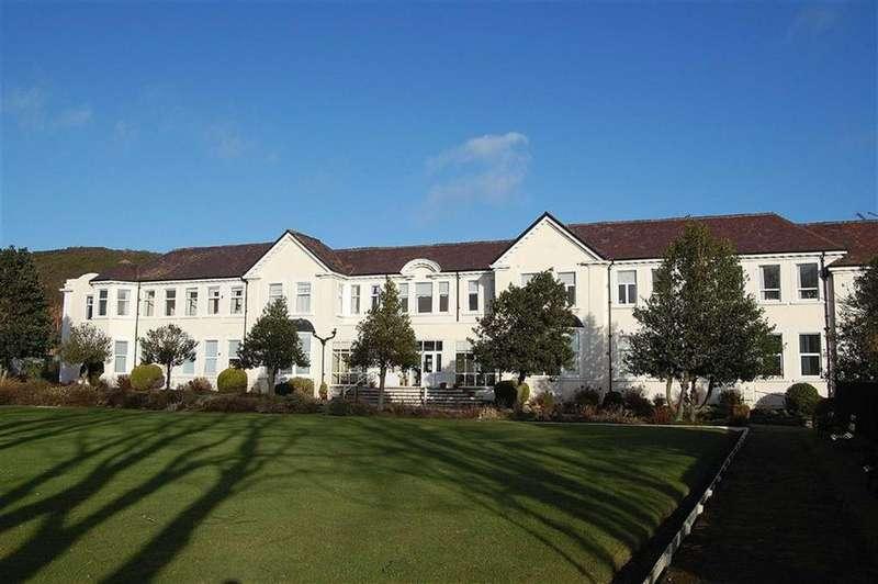 1 Bedroom Retirement Property for sale in Deganwy Road, Llanrhos, Llandudno, Conwy