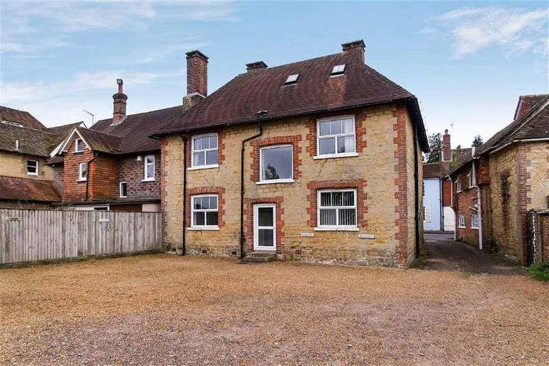 House for sale in Petworth Road, Haslemere, Surrey, GU27
