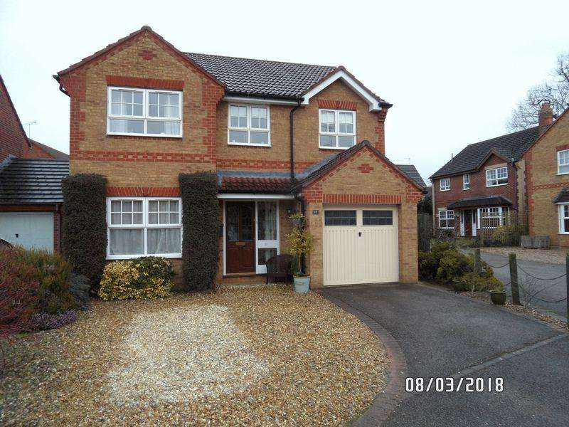4 Bedrooms Detached House for sale in Holdenby Close, Market Harborough
