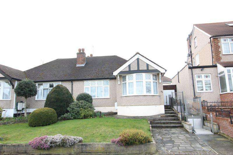 2 Bedrooms Semi Detached Bungalow for sale in Haslemere Avenue, Barnet