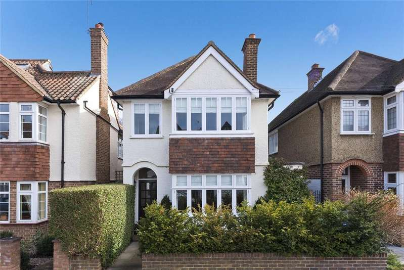 4 Bedrooms Detached House for sale in Weston Park, Thames Ditton, Surrey, KT7