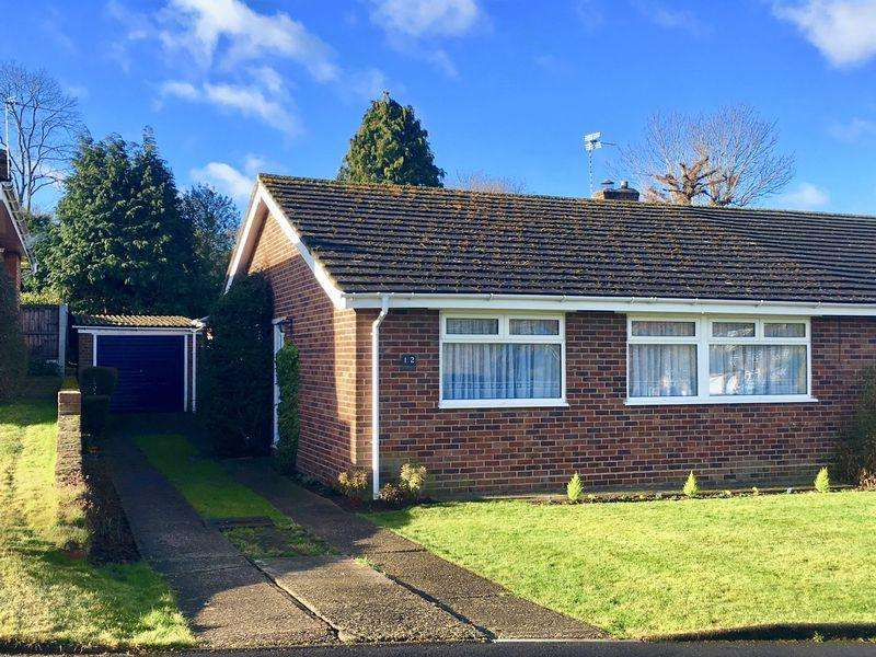 3 Bedrooms Bungalow for sale in Shuttlemead, Bexley