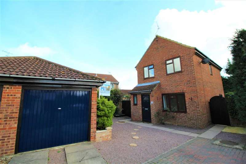 3 Bedrooms House for sale in Faulkeners Way, Trimley St Mary