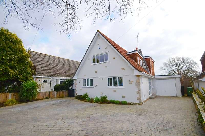 4 Bedrooms Chalet House for sale in Mill Lane, Whitecliff, Poole
